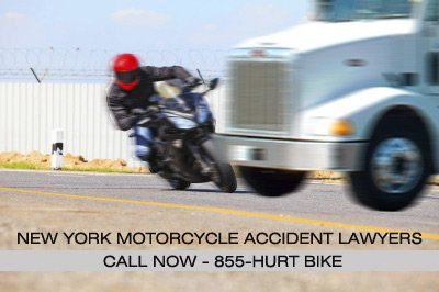 motorcycle accident with truck image - Frekhtman & Associates